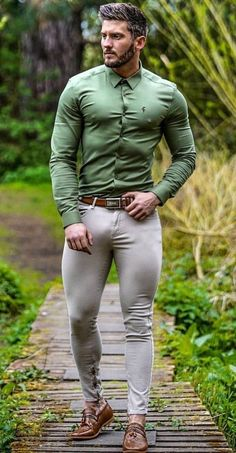 Hombres Gay Sexy, Sexy Tattooed Men, Blazer Outfits Men, Lycra Men, Hunks Men, Sexy Beard, Poses For Men, Hommes Sexy, Well Dressed Men