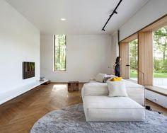 Look inside: Minimalist home in nature House Design, Home, Interior Architecture Design, Modern House, Interior Furniture, House Inspiration, House Interior, Home And Living, Minimalist Home