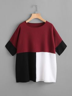 SheIn offers Color Block Batwing Blouse & more to fit your fashionable needs. Cute Casual Outfits, Casual T Shirts, Casual Tops, Casual Wear, Hijab Fashion, Fashion Dresses, Blouse Designs, Inspiration, Clothes