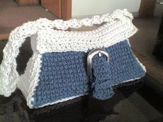 Umme Yusuf: Indigo bag  Free Crochet Pattern