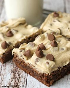Super delicious brownies with Cookie Dough Frosting - YUMMY!