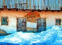 Old Barn Door & Wall Planks|Love's Photo Album
