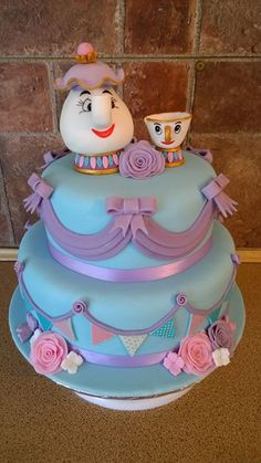We think this Mrs Potts and Chip cake is just delightful