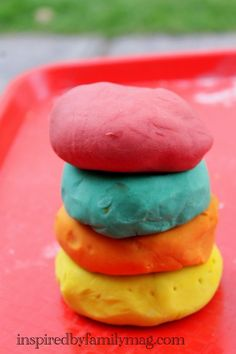 Awesome  Easy No-Cook Play Dough Recipe - Since it was no cook we made it outside and the kids had a blast.