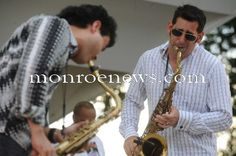 Photo by Kim Brent for The Monroe Evening News from the 2010 River Raisin Jazz Festival and Art Show.