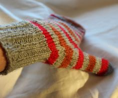 Ravelry: simsala pattern by Åsa Tricosa top-down striped mitten.