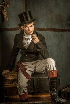 A guide to Steampunk fashion: costume tutorials, Steampunk clothing guide, cosplay photo gallery, updated calendar of Steampunk events, and more. Steampunk Men, Victorian Steampunk, Steampunk Costume, Steampunk Clothing, Victorian Fashion, Steampunk Fashion Men, Renaissance Clothing, Cyberpunk, Moda Lolita
