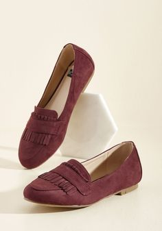 There's no mistaking your New England-inflected aesthetic with these burgundy loafers polishing off your look. Classic in character and exclusive to ModCloth, these vegan faux-suede slip ons lend their kiltie fringe and timeless demeanor to ensembles which clearly express a refined, regional vibe.
