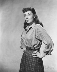 Marie Windsor Classic Film Noir, Classic Films, Real Movies, Old Movies, Hollywood Divas, Old Hollywood, Marie Windsor, Westerns, Old Movie Stars