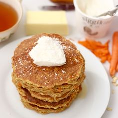 Nourishing carrot cake for breakfast is possible with these delicious, gluten free pancakes full of protein!