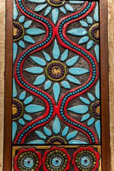 Handmade Ceramic Tile framed by Repurposed Vintage Indian Teak Mosaic Wall Art, Tile Art, Mosaic Glass, Murs Roses, Drawing Room Furniture, Indian Art Paintings, Art N Craft, Mural Art, Clay Art