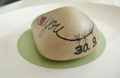 Made to order ... for a wedding anniversary by Sabine Ostermann www.facebook.com/pebblesofportugal