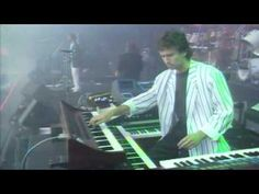 Genesis - Mama (Invisible Touch Tour)