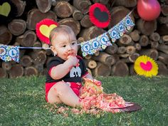 #cakesmash #book1año #primercumple #1stbirth #smashthecake #smashcake #fotoscontorta #torta1año #mickeymouse #tematicamickey Mickey Mouse, Business Help, Google, Home, Photo Reference, Pictures, Baby Mouse