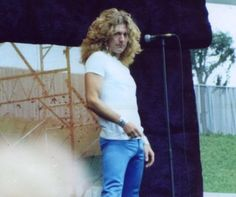 Robert Plant Photo: This Photo was uploaded by Lenjia. Find other Robert Plant pictures and photos or upload your own with Photobucket free image and vi...