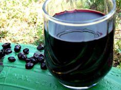 Briose cu afine - CAIETUL CU RETETE Red Wine, Alcoholic Drinks, Food, Red Wines, Alcoholic Beverages, Meals, Liquor, Alcohol Mix Drinks