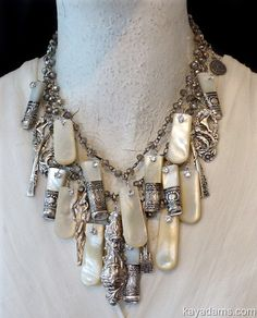 kay adams - kay adams Gorgeous Mother of Pearl couture art necklace by Kay Adams ! Boho Jewelry, Jewelry Art, Beaded Jewelry, Vintage Jewelry, Jewelry Necklaces, Jewelry Design, Diy Schmuck, Schmuck Design, Recycled Jewelry