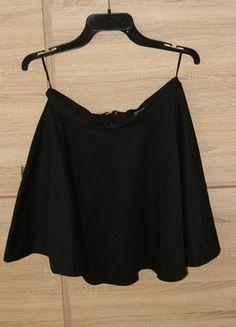 Kup mój przedmiot na #vintedpl http://www.vinted.pl/damska-odziez/spodnice/10353146-czarna-spodniczka-tally-weijl
