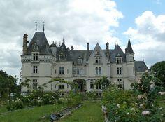 Château dOublaisse à Luçay le Mâle by wally52, via Flickr ~ Centre France