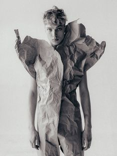 Artemii at Tann Models photographed and styled by Aleksey Zubarev, in exclusive for Fucking Young! Male Form, Summer Flowers, Simply Beautiful, Editorial Fashion, Statue, Abstract, Fashion Editorials, Men's Fashion, Photography