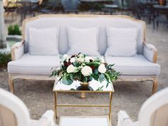 In today's Chancey Charm Dallas Wedding Vendor Highlight, we're chatting with Jayla Jordan and Brandi Metts of Blushington Blooms. They're sharing how they got their start in the wedding industry, tips for brides + some stunning shots from their Style Me Pretty feature with Allen Tsai Photography.