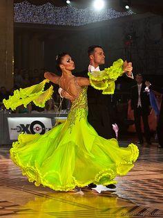 Evgeni Kazmirchuk & Yulia Spesivtseva - Kremlin 2009 - 5th place WDC European Professional Ballroom - [great skirt design, more green in other pictures] Another photo: http://ballroominlove.tumblr.com/post/41511160240