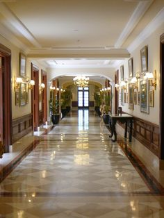 The corridors of a bygone era - The Imperial Delhi