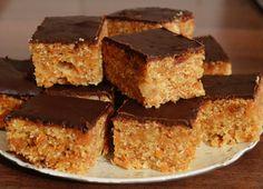 Prajitura cu morcov si glazura de ciocolata Sweeteria