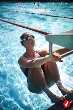 Ausdauer, Geschwindigkeit, Effizienz: Steigere deine Leistung im Wasser mit den Trainingsgeräten von Sport-Thieme!