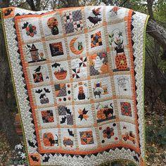 Halloween quilt #janetquilts #quilting #bunnyhilldesigns #halloweenquilt