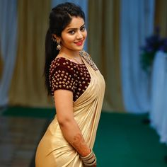 Megha Shetty is an Indian model and actress working in the television industry of Kannada. Serial Jothe Jotheyali is well known to her. Beautiful Girl Photo, Beautiful Girl Indian, Most Beautiful Indian Actress, Beautiful Saree, Beautiful Actresses, Beautiful Heroine, Beautiful Ladies, Cute Beauty, Beauty Full Girl