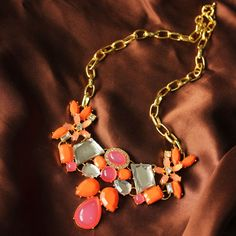 J.CREW Advanced Synthetic Gemstone Flower Hit Color Texture Necklace JC100