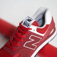 New Balance ML 574 Herren-/ Frauenschuh rot / weiß