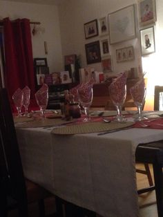 Table set for NY dinner 2015 at the Syme house.