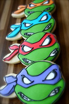 These Ninja Turtle cookies make for an awesome store-bought addition to your kid's TMNT birthday party spread. Ninja Turtles, Ninja Turtle Cookies, Ninja Turtle Birthday Cake, Turtle Birthday Parties, Birthday Cupcakes, Boy Birthday, Birthday Ideas, Turtle Cakes, Party Cupcakes