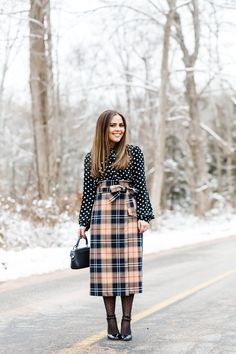 How to live your best life by tapping into the power behind your clothes: a fun january style challenge - dress cori lynn Modest Fashion, Skirt Fashion, Winter Outfits 2019, Plaid And Leopard, Plaid Outfits, Polka Dot Blouse, Polka Dots, Style Challenge, Pattern Mixing