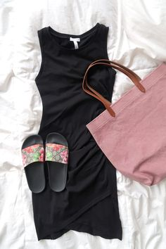 What's In My Suitcase: Beach Vacation - my kind of sweet | outfit ideas | casual outfit | mom style | postpartum | what to take on a beach vacation | flattering dress | leith dress | gucci slides | madewell tote
