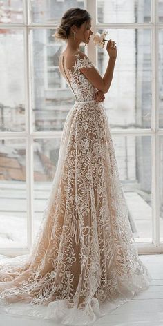 Romantic Bridal Gowns Perfect For Any Love Story - Knitt.- Romantic Bridal Gowns Perfect For Any Love Story – Knitters - Country Wedding Dresses, Black Wedding Dresses, Bridal Dresses, Wedding Dress With Belt, Vintage Wedding Gowns, Romantic Wedding Dresses, Famous Wedding Dresses, Wedding Gowns With Sleeves, Gorgeous Wedding Dress