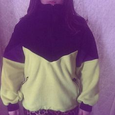 skiwear 1/4 zip pullover Skiwear 1/4 zippered pullover fleece obermeyer Jackets & Coats