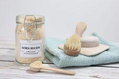 oatmeal-milk-bath-theidearoom-1