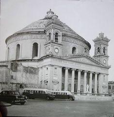 Malta Island, Old Pictures, Explore, Building, Photography, Travel, Princess Diana, Buses, Antique Photos