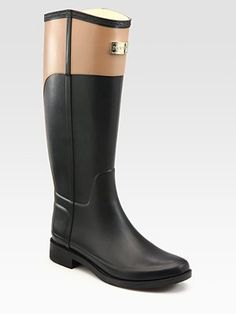 Most chic rain boots! Nude and Black Hunter Cece Two-Tone Rainboots- Love in every way! Hunter Rain Boots, Fashion Shoes, Fashion Wear, Black And Brown, Riding Boots, What To Wear, Style Me, Shoe Boots, Winter Fashion