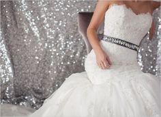 love this wedding inspiration! Glitter errwhere!