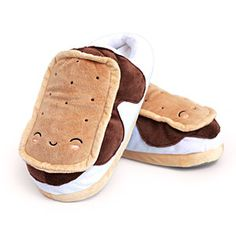 S'mores USB Heated Plush Slippers   ThinkGeek