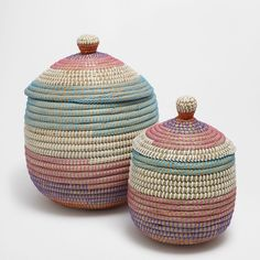 Image 1 of the product Multicoloured oval basket with a lid