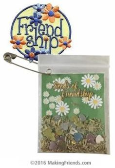 Daisy seeds and silver and gold stars make this the perfect friendship SWAPs for Girl Scouts. Very economical for big events. Exclusively from MakingFriends.com