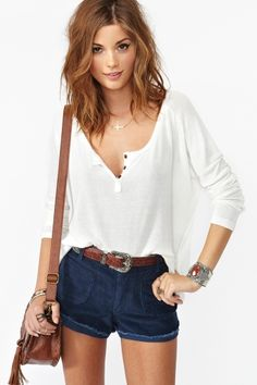 Casual shorts, tee, & belt