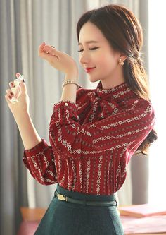 15b0099e8d StyleOnme Floral Stripe Ribbon Scarf Blouse  red  falltrend  feminine   blouse  koreanfashion  . Camisa FemininaFemininoBlusa ...