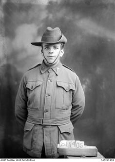 WWI, 2 March 1917, Pt Benjamin Sago returned home, after been severely wounded. He was medically discharged. -AWM