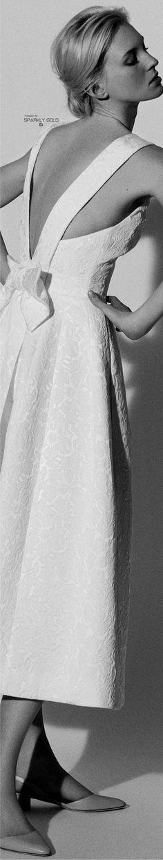 White Ivory Lace Flower Girl Dresses 2017 Tank Long Girls First Communion Dress Pagaent Dress vestidos primera comunion 2016 from Reliable dresses plus size girls suppliers on Bright Li Wedding Dress Wedding dresses - Fashiondivaly Ball Dresses, Bridal Dresses, Designer Wedding Dresses, Wedding Gowns, Carolina Herrera Bridal, Elegant Bride, Western Dresses, Glamour, Elegant Dresses